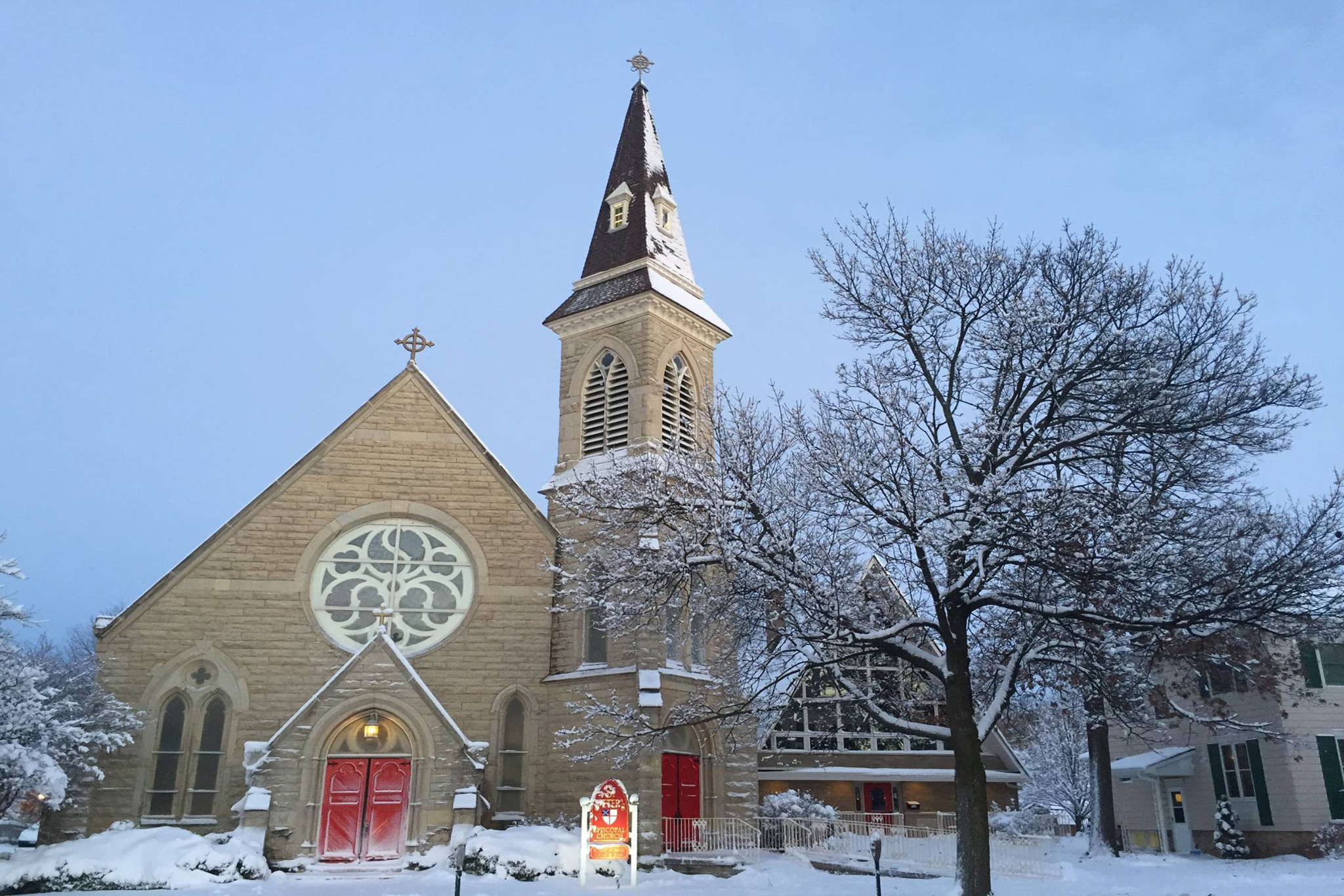 Saint Peter's Episcopal Church Sycamore, IL in the snow